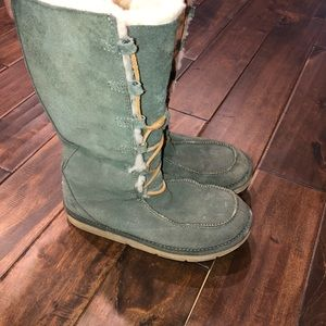 Women's size 8 army green tall suede lace up uggs